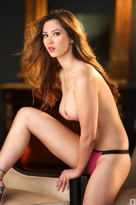 Davis playboy nackt jasmine Sasckya Porto
