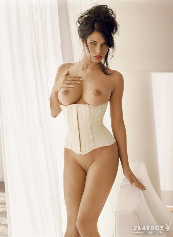 Janine Habeck  nackt